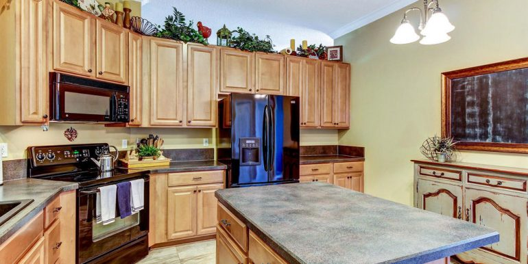 14588 Zachary Dr Jacksonville-MLS_Size-014-7-Kitchen-1024x768-72dpi