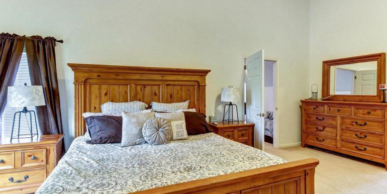 13542 Aquiline Rd Jacksonville-MLS_Size-026-27-Master Bedroom-1024x768-72dpi