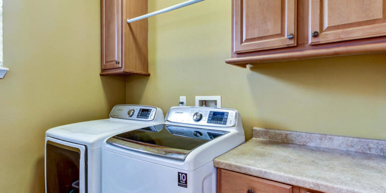 12483 Mt Pleasant Woods Dr-MLS_Size-036-42-Laundry Room-1024x768-72dpi