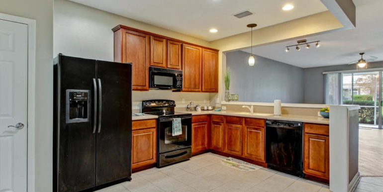 13387 Stone Pond Dr-MLS_Size-007-30-Kitchen-1024x768-72dpi