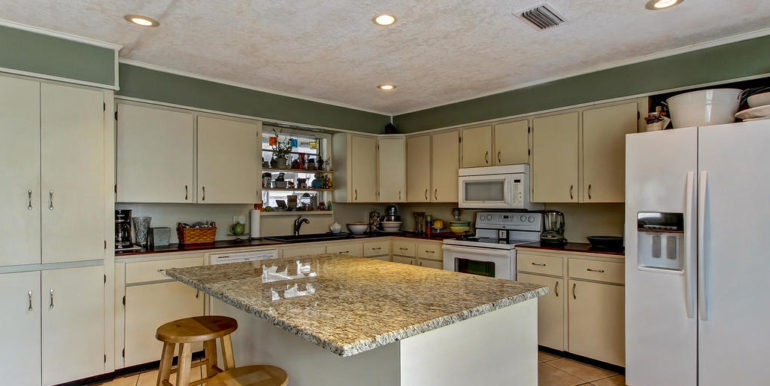 5484 Golf Course Dr-MLS_Size-014-24-Kitchen-1024x768-72dpi