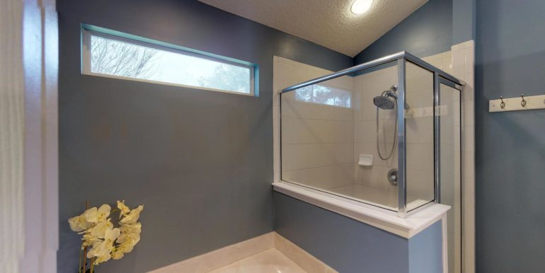 1919-Derringer-Road-Master-Bathroom
